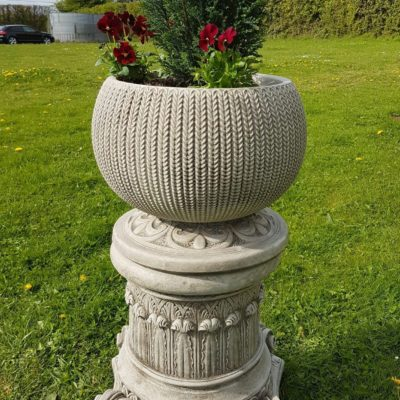 Pedestals with Pots & Pier Caps